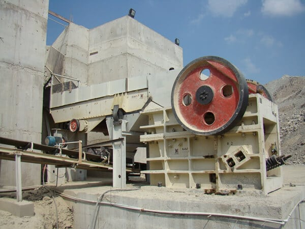 jaw crushing machine